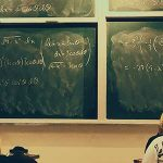 Университетското образование по бизнес и маркетинг те стопира в бизнеса и те държи беден